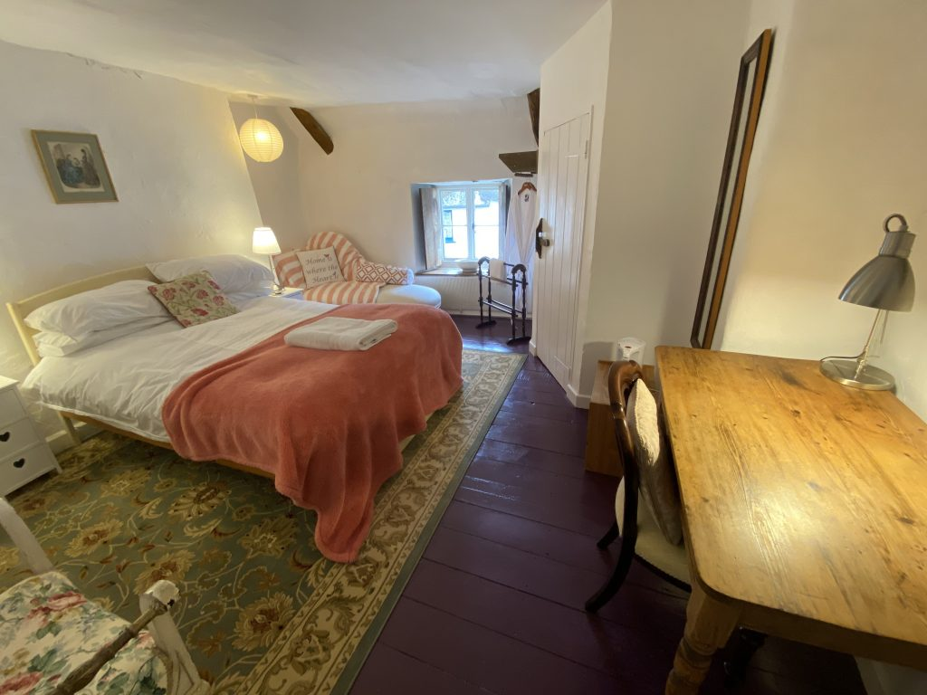 Hewitt Bedroom
